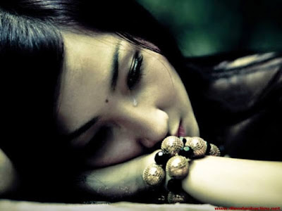 Hình ảnh buồn khóc khi yêu