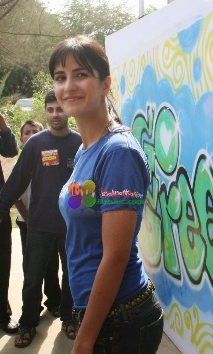 Cute Smile From Katrina Kaif