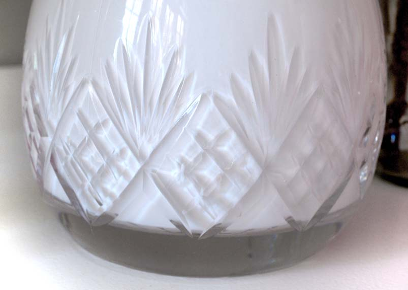 Lead Crystal Glass But No Ringing Sound