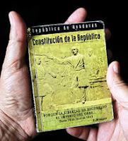 Libro de la Constitución de Honduras