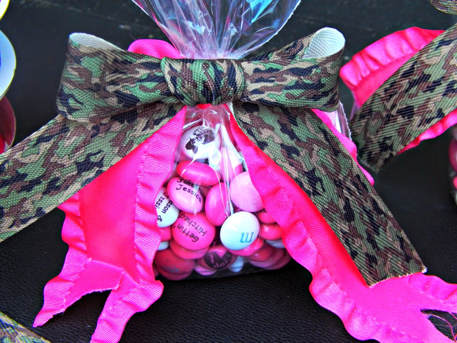 My M&M bridal shower gift idea #mc #sponsored #ambassador