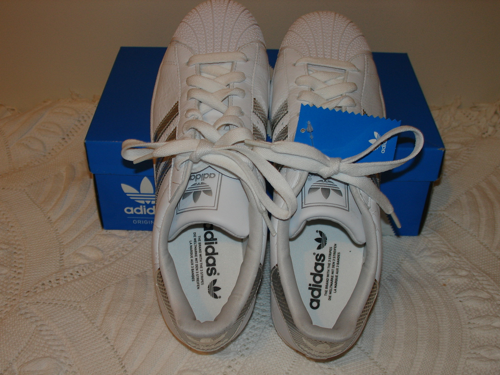 Superstars Shoes   White