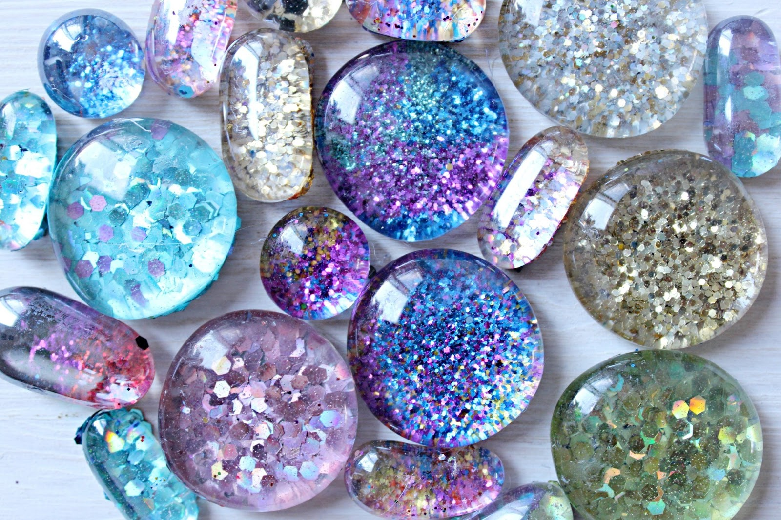 Theresa joy 365 days of pinterest day 15 diy glitter for Glass jewels for crafts