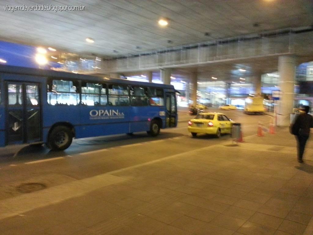 transfer aeroporto doméstico Bogotá El dorado