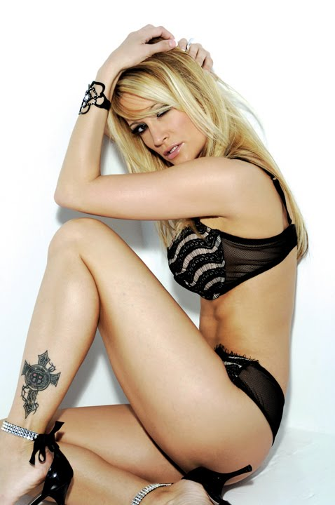 Bianca Drakes Nude Photos 17
