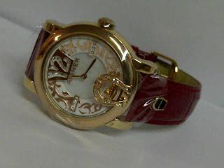 jam tangan aigner dona merah