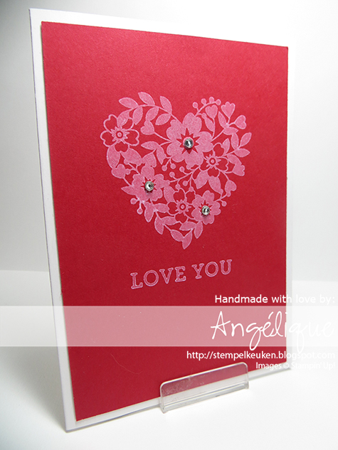 http://stempelkeuken.blogspot.com Bloomin' Love, Rhinestone Basic Jewels, Real Red, Whisper White Craft inkt, Whisper White Note Cards,