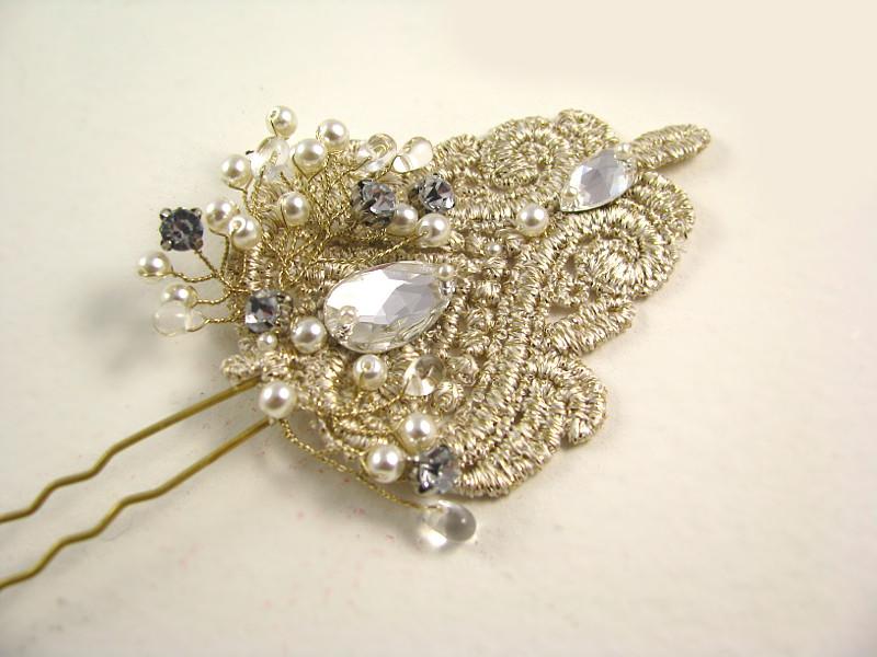 Ozdoba ślubna do włosów z kryształami Swarovski i perłami
