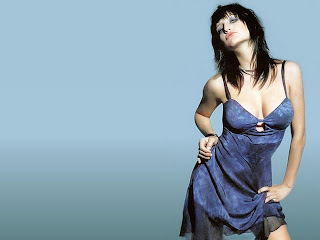 Ashlee Simpson Hot