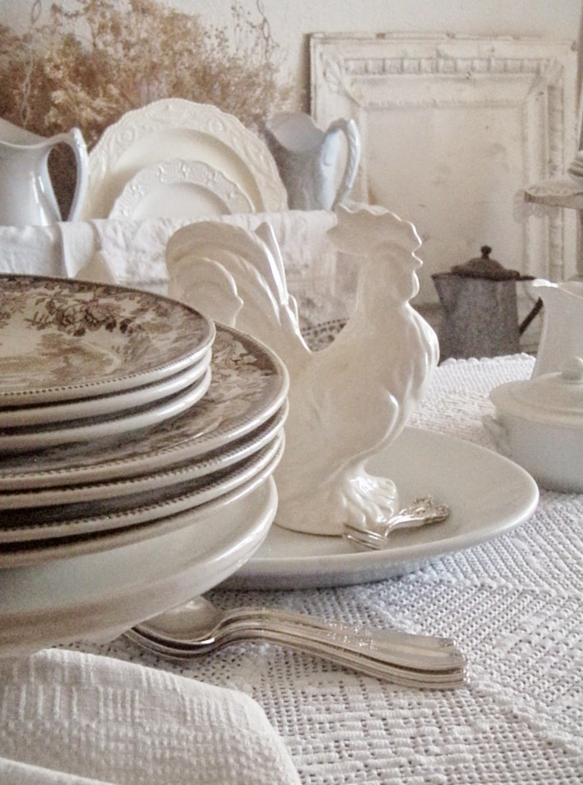 Setting A Cozy French Country Table & Cabin \u0026 Cottage : Setting A Cozy French Country Table