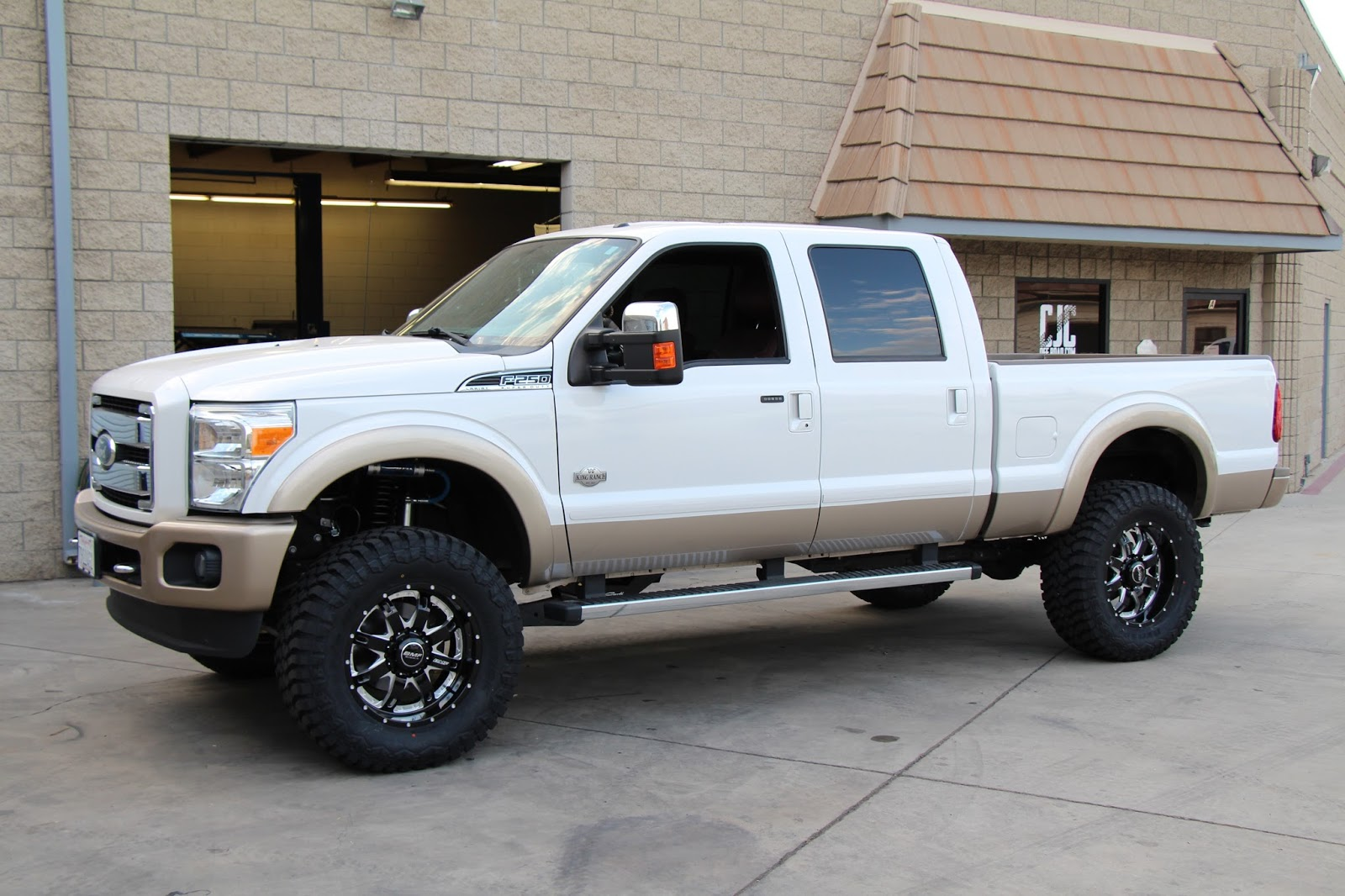 cjc off road blog 2012 f250 king ranch carli pintop 2 5 build. Black Bedroom Furniture Sets. Home Design Ideas