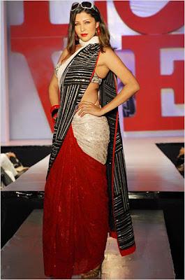 Aditi Govitrikar sexy picture
