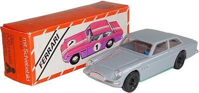 игрушечная машинка модель феррари ГДР