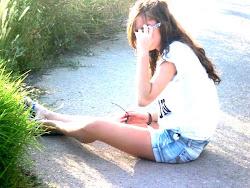 Ella está pidiendo un beso a GRITOS ♥