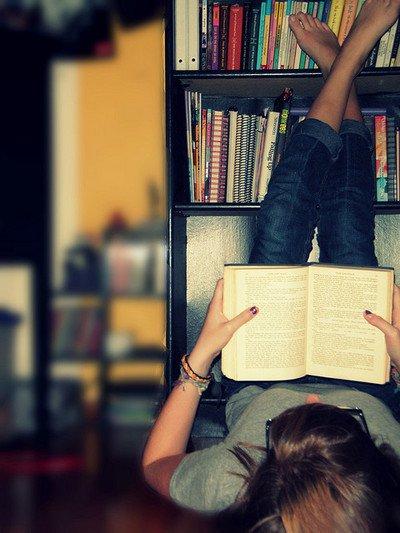 Toccare il cielo con un libro dai appuntamento ad una for Foto di un libro