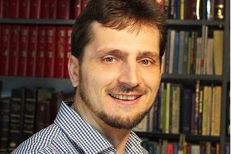Vasilică Croitor 🔴 Cea mai plauzibilă opțiune pentru votul de duminică este Peter Costea