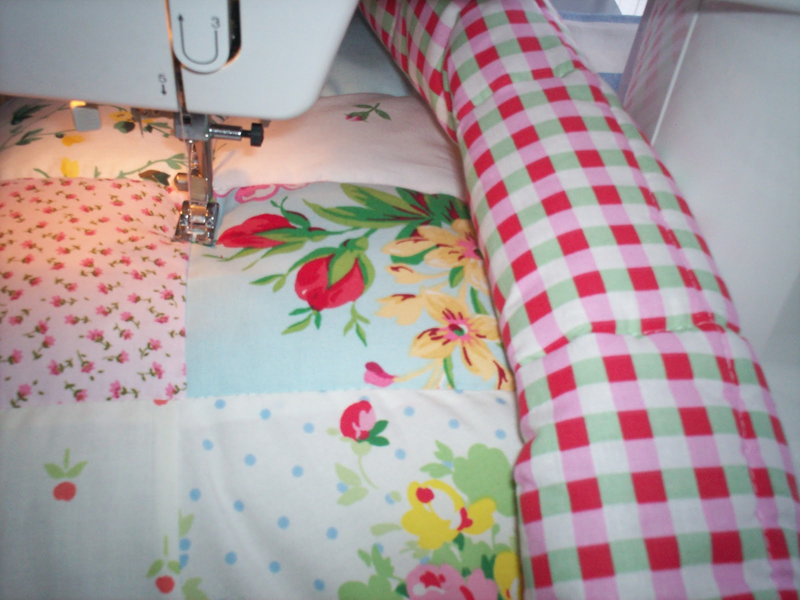 how to make simple patch work cot quilt