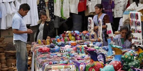 Visita el Tianguis de Artesanias de Manzanillo