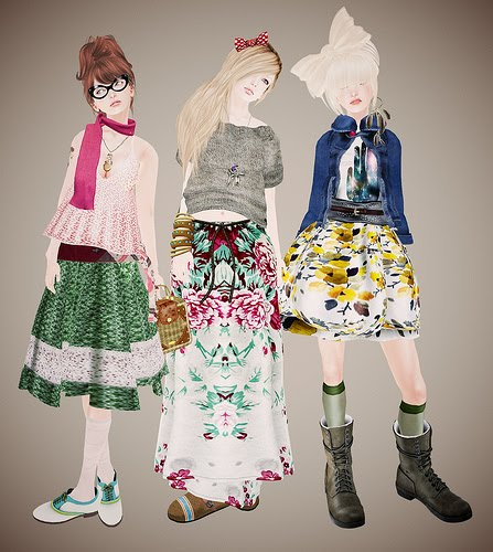http://1.bp.blogspot.com/-iNeewFQpp2g/TlhPt98zokI/AAAAAAAAC1U/3KU3TCaEiv8/s1600/skirtfromoldclothes.jpg