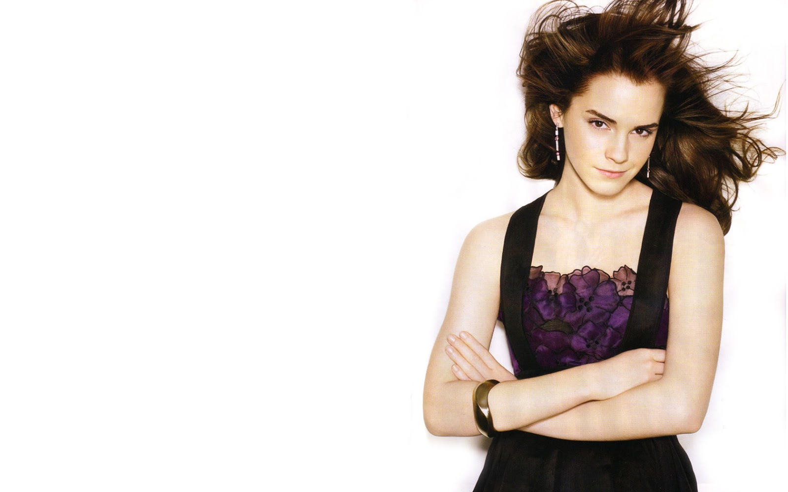 Emma Watson Plane White Background For Desktop - emma watson plane white background wallpapers