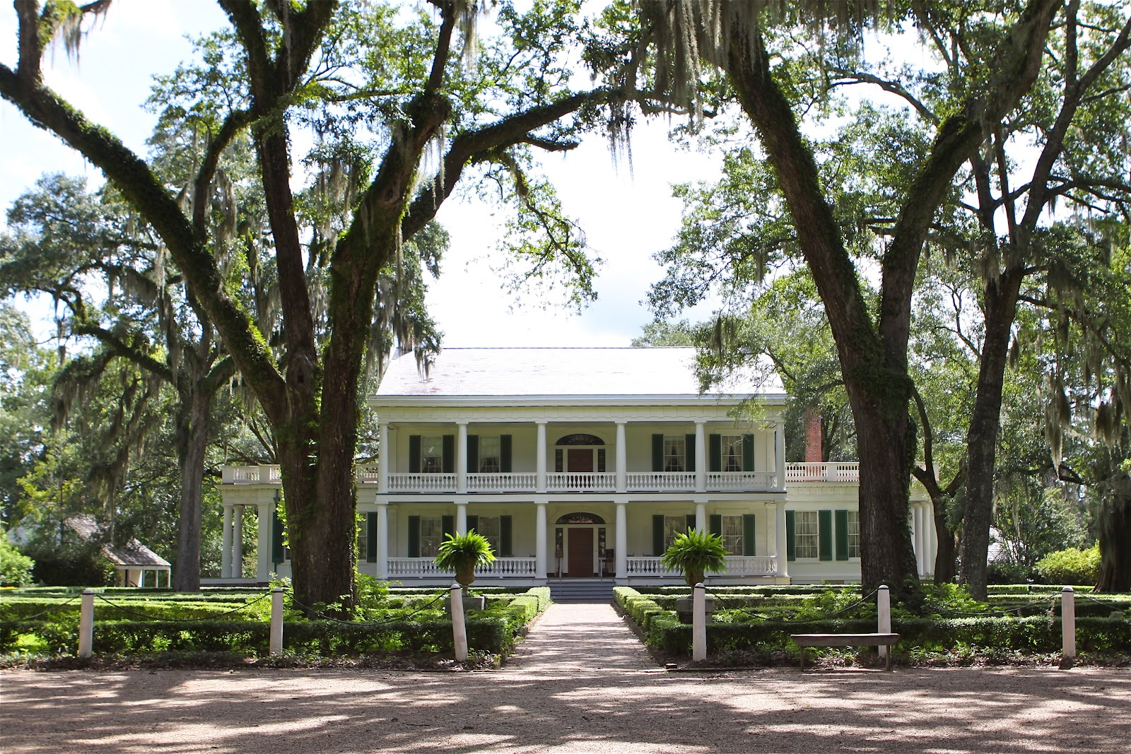 Sweet southern days mississippi river road the myrtles for Home builders in south louisiana