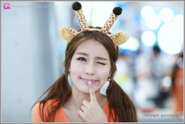 5 Park Si Hyun - World IT Show 2012-very cute asian girl-girlcute4u.blogspot.com