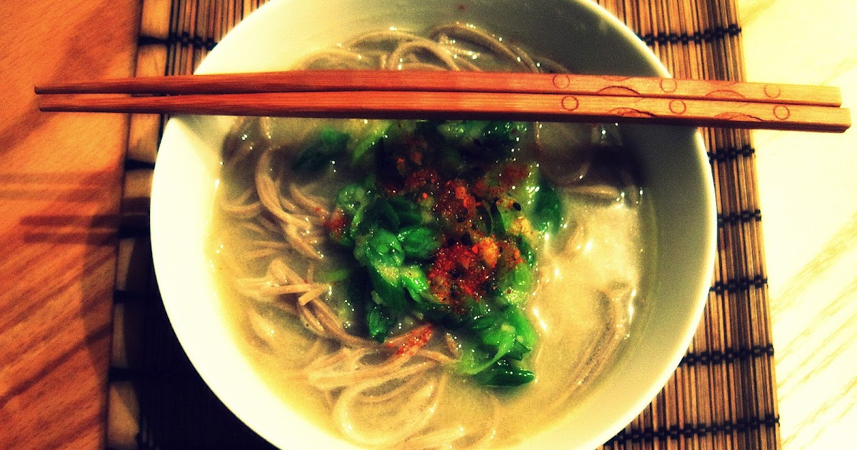 come · con · ella: ginger spring onion sauce with miso soba