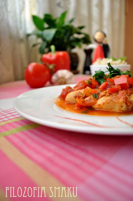 Potrawka z rybą i pomidorami
