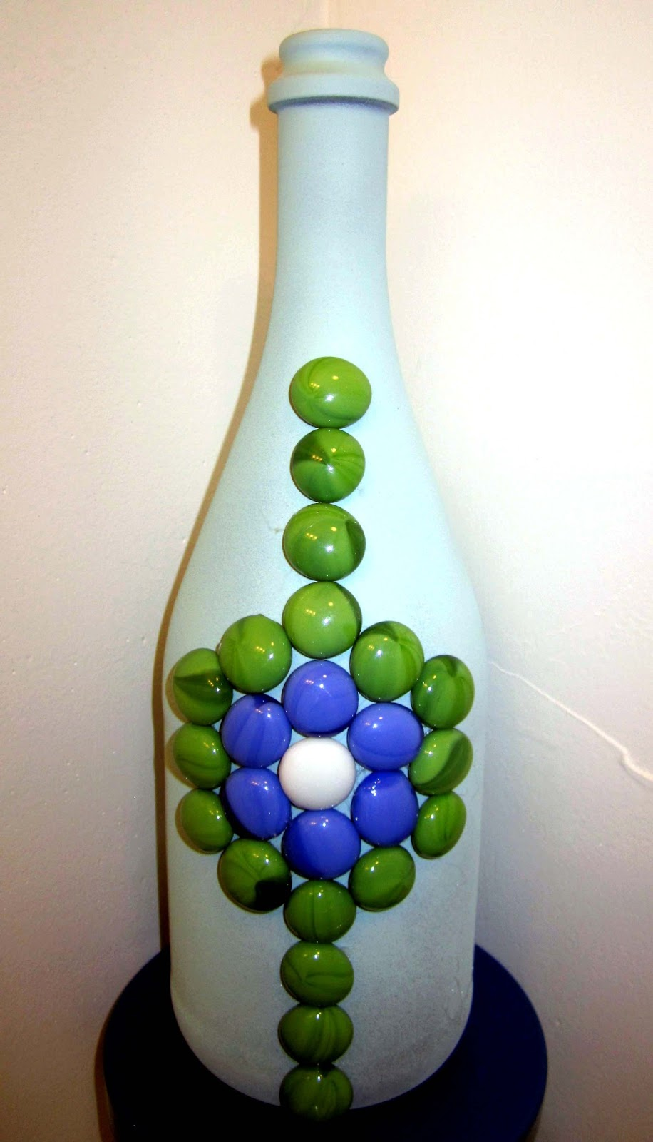 Being happee glass beaded wine bottle for Glass bottle crafts to make