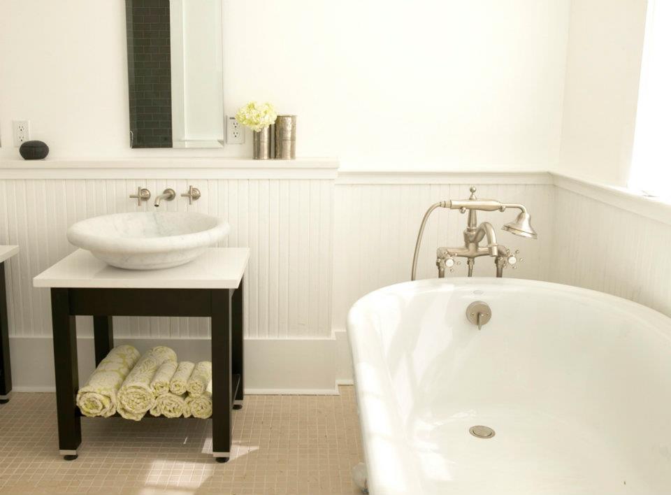 The bath showcase vintage new orleans bathroom for Bathroom new orleans