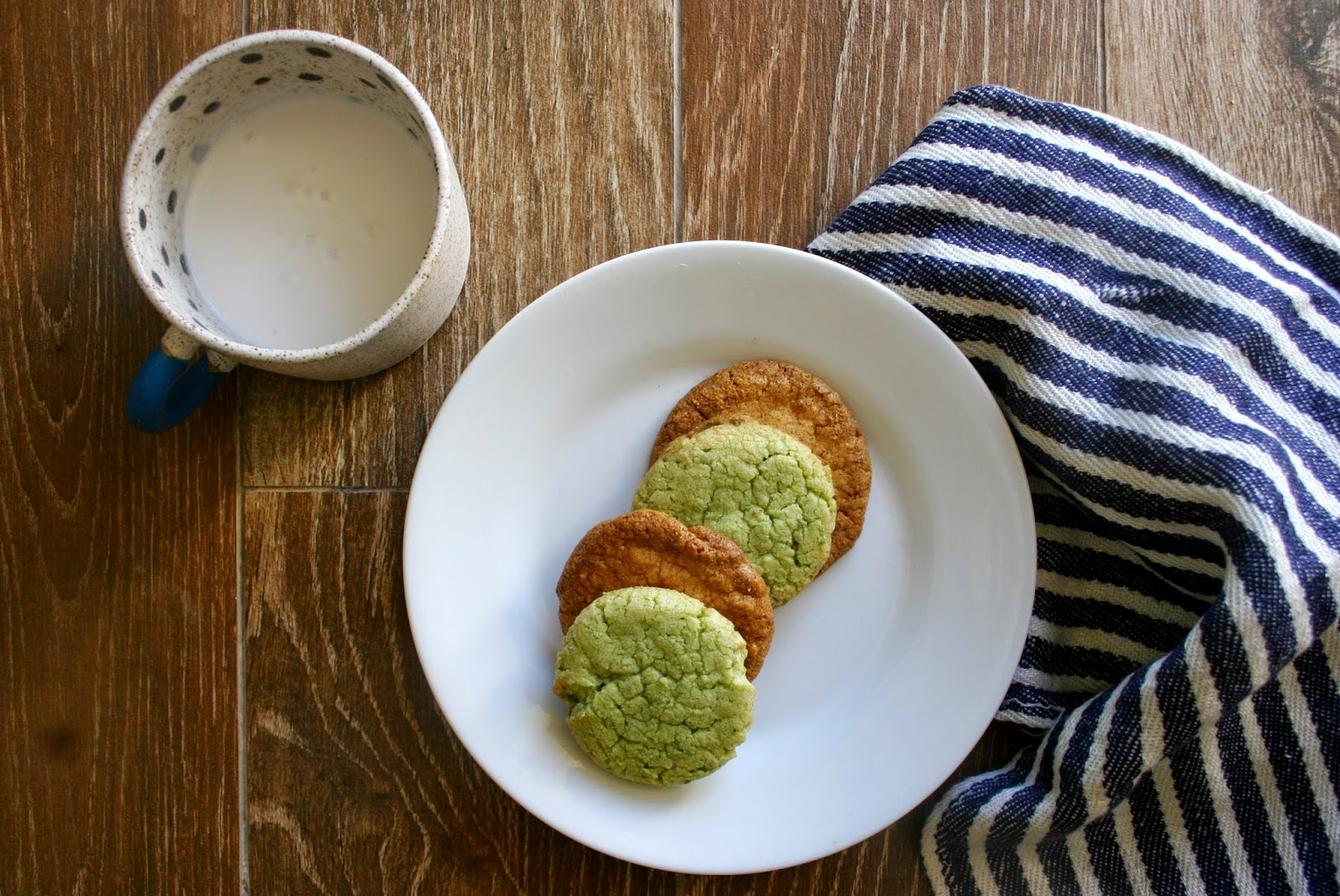 Pea & Corn Cookies with milk