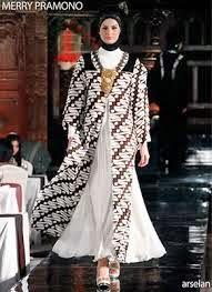 Gaun Pesta muslim Batik kombinasi