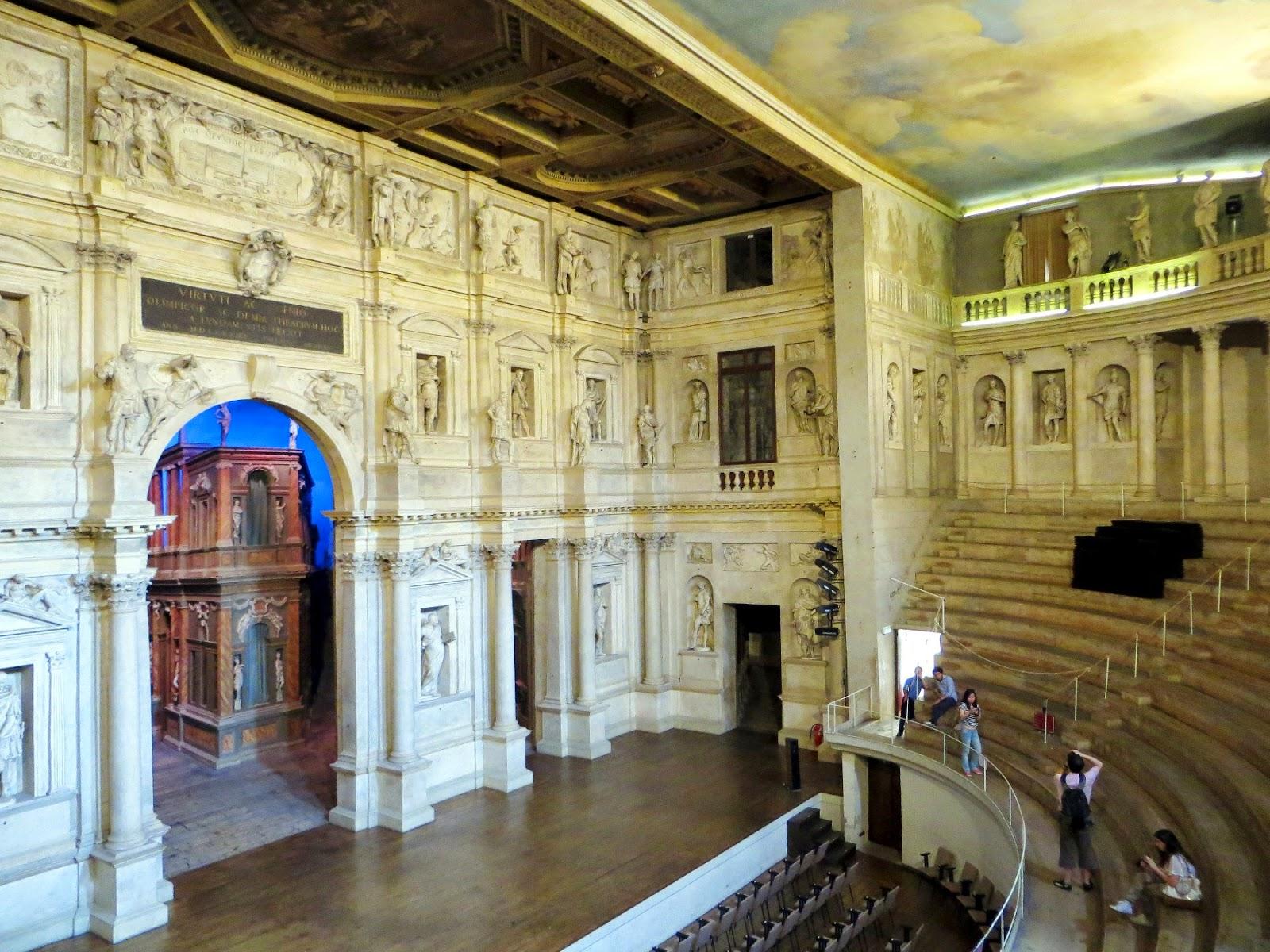 teatro olimpico a vicenza palladio