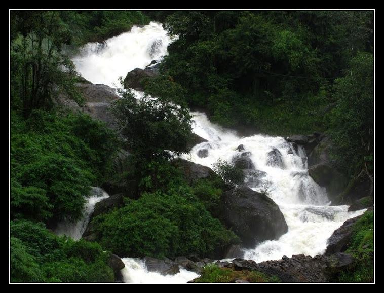 kallar waterfalls  munnar