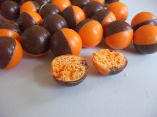 halloween themed bubbly orange flavour chocolates