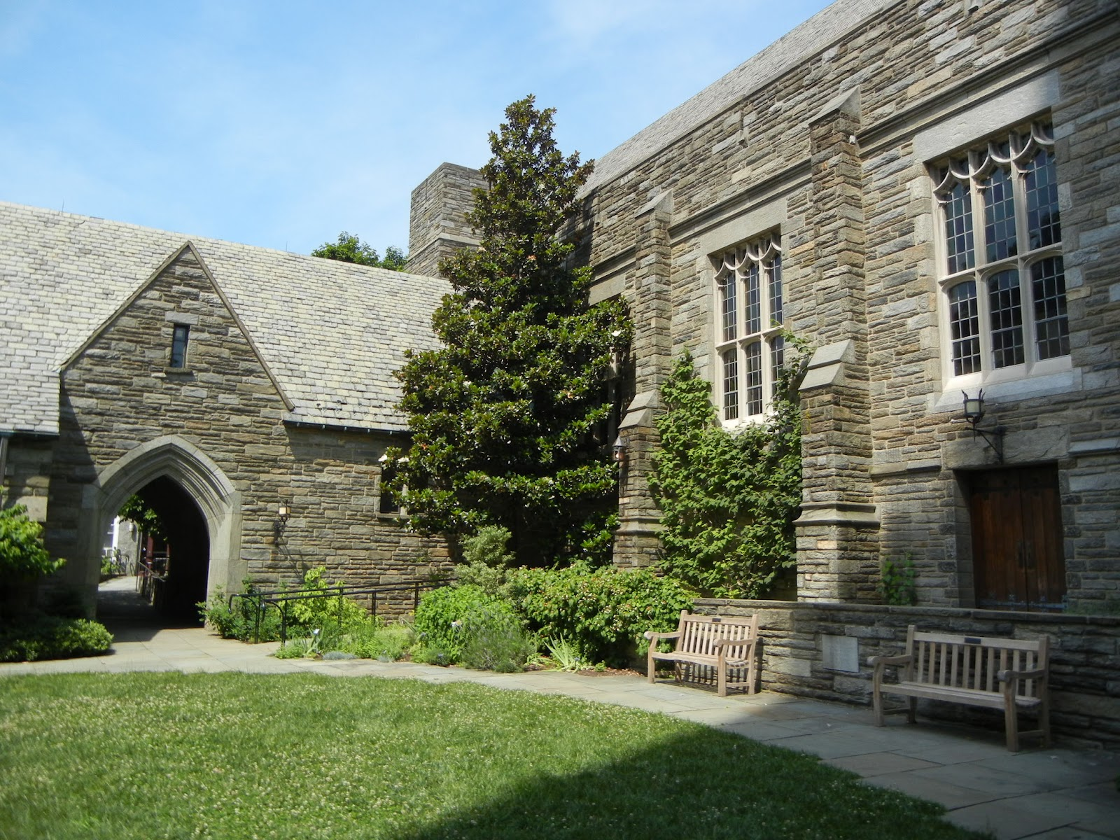 top liberal arts colleges the best return on investment like its fellows in the consortium students cross register at the other colleges and swarthmore has