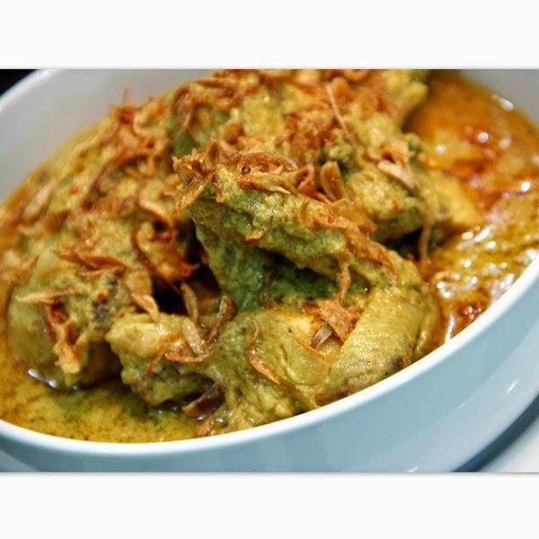 Resep Opor Ayam Empuk dan Nikmat Khas Indonesia