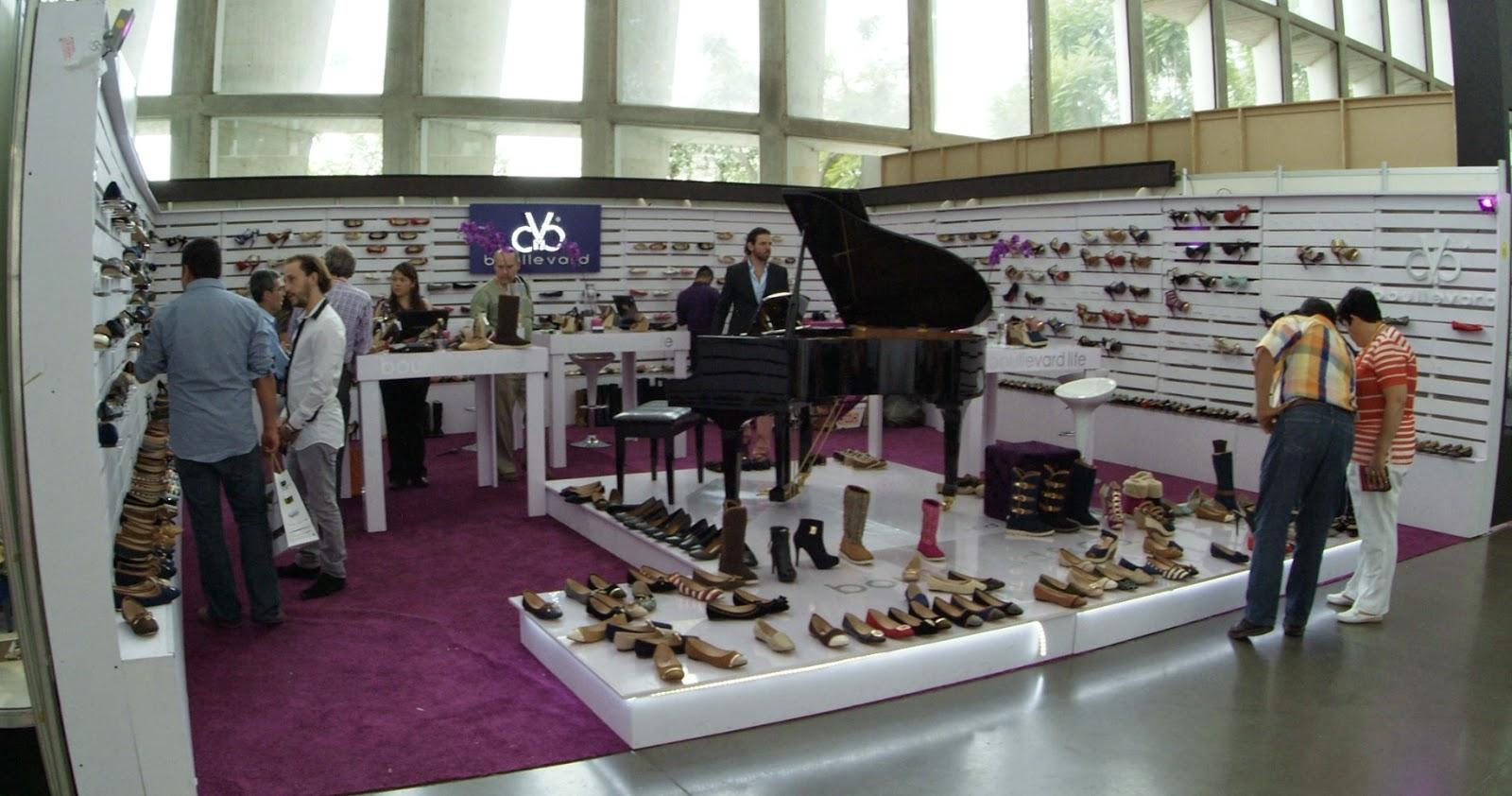 sapica agosto 2014, poliforum, exposición de calzado y artículos de piel, boullevard