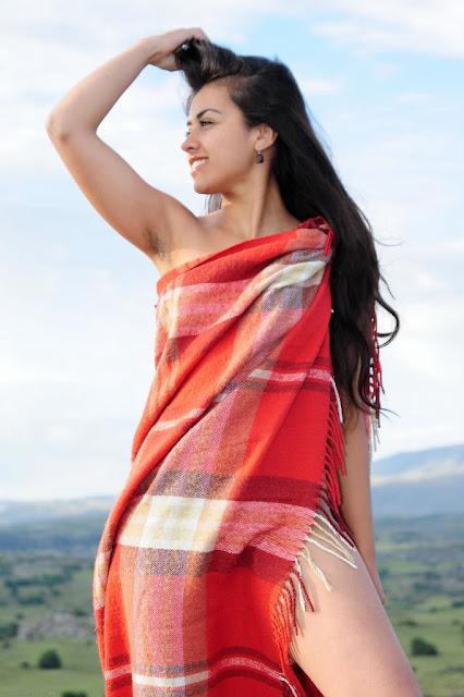 Model India Pamer Memek