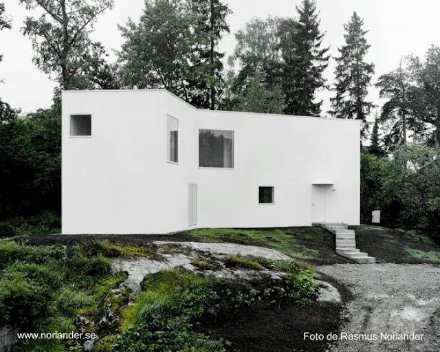 Casa residencial de dos plantas en Suecia