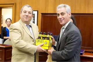 la proxima guerra Rahm Emanuel y Ehud Barak cervezas