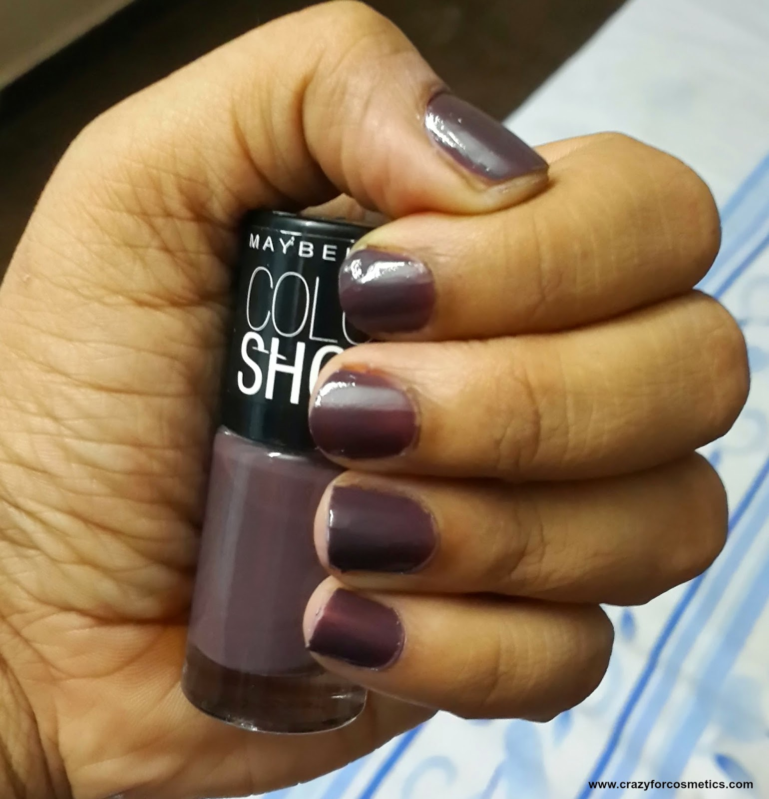maybelline color show nail polish review-maybelline color show nail polish midnight taupe- maybelline color show midnight tAUPE-maybelline color show nail polish review india- maybelline color show nail polish India