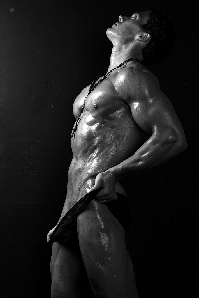 Aesthetic muscles bodybuilding at its best