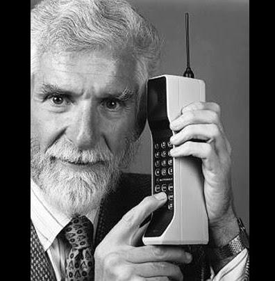 Martin Cooper Motorola DynaTac 8000X