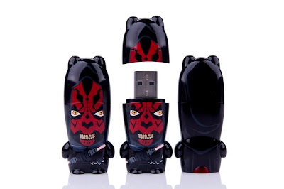 Star Wars Day Exclusive Hooded Darth Maul Mimobot by Mimoco