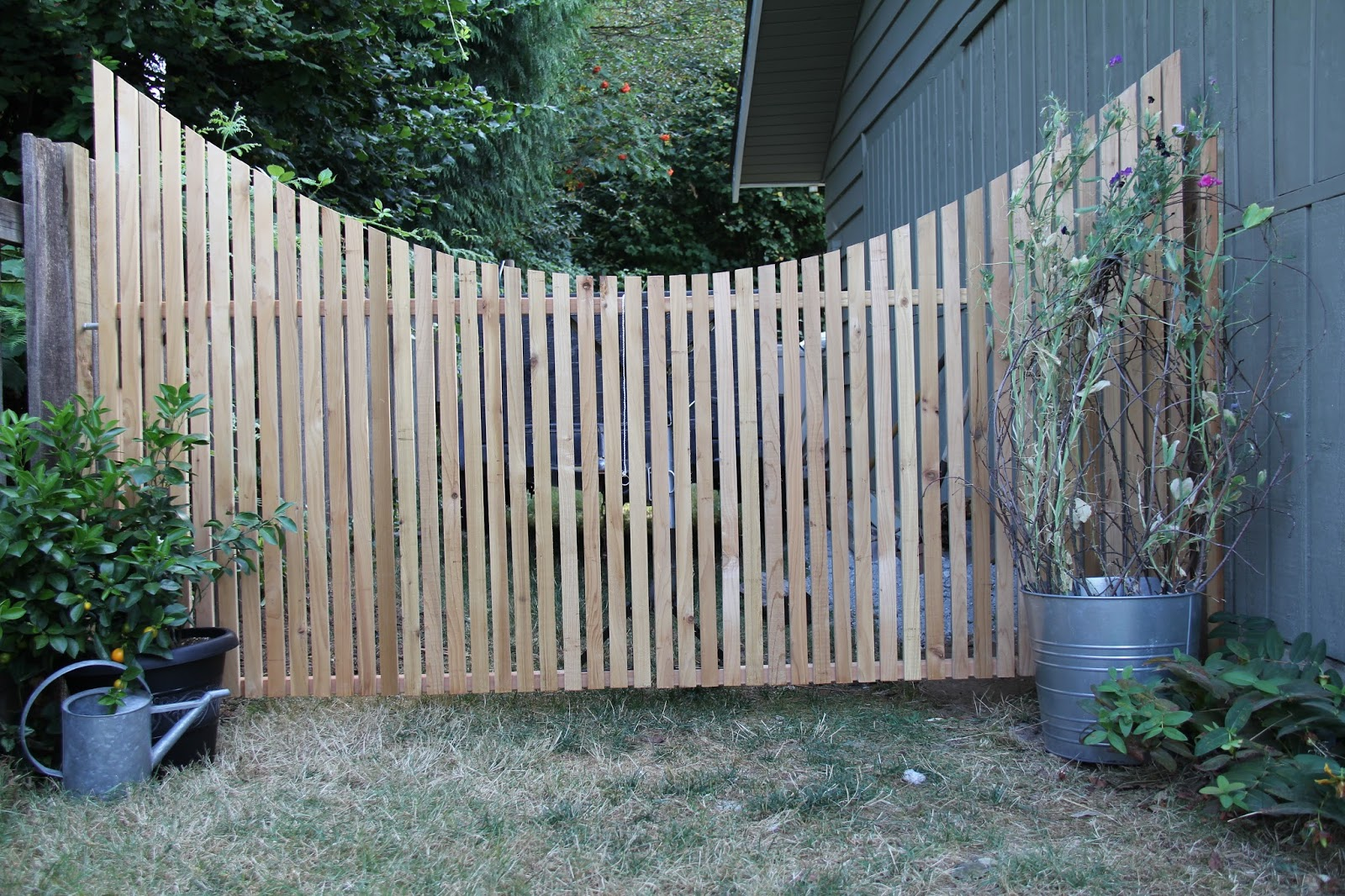 dirt digging sisters garden gate diy project