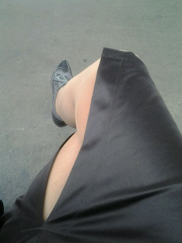 Con faldas y...