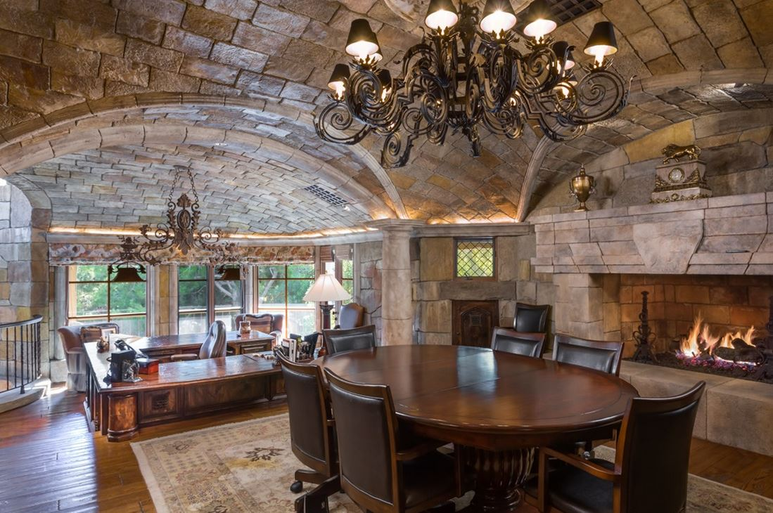 French Country Style Castle In Fairbanks Ranch