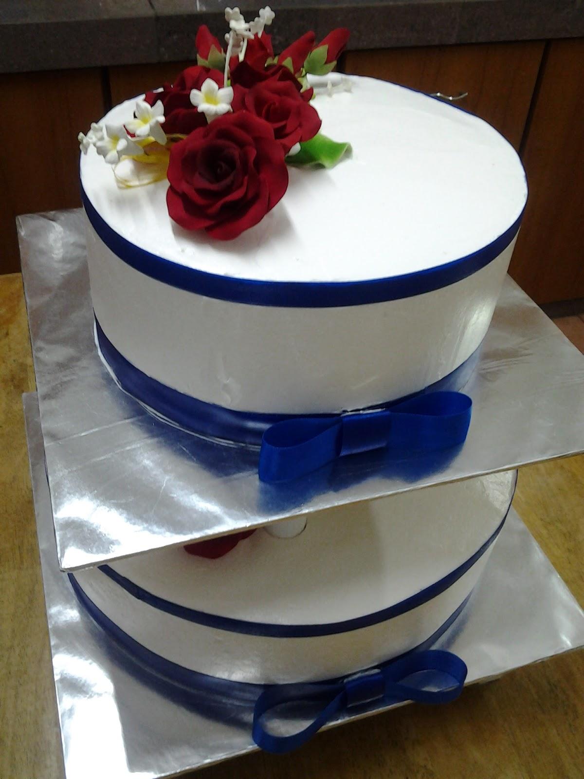 Ct Hasanah Cake House Blue And White 2 Tier Wedding Cake