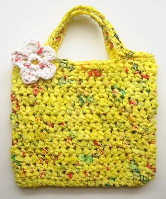 Cool and Creative Ways To Reuse Plastic Bags (45) 22